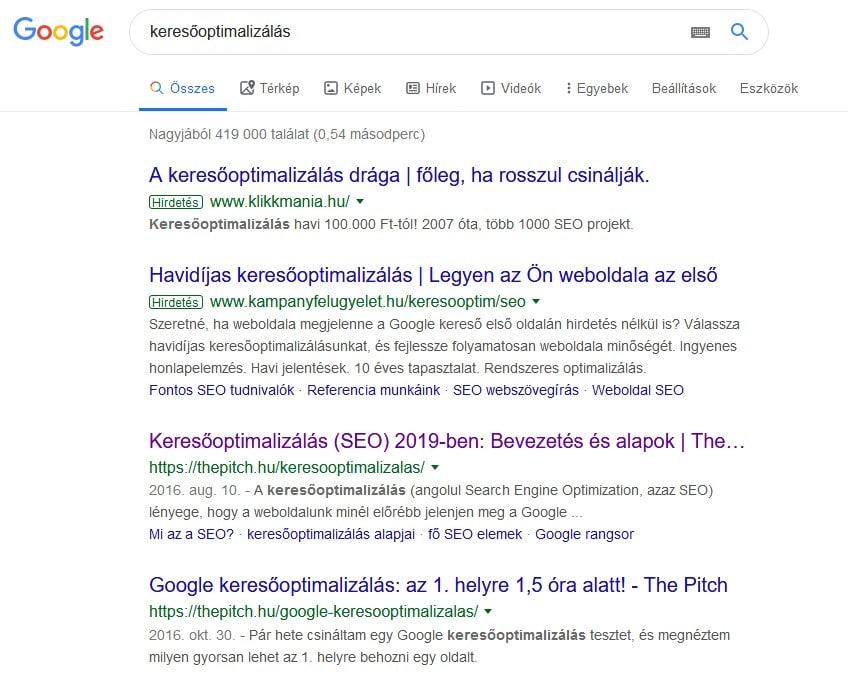 A Google találati listája a keresőoptimalizálás kulcsszóra